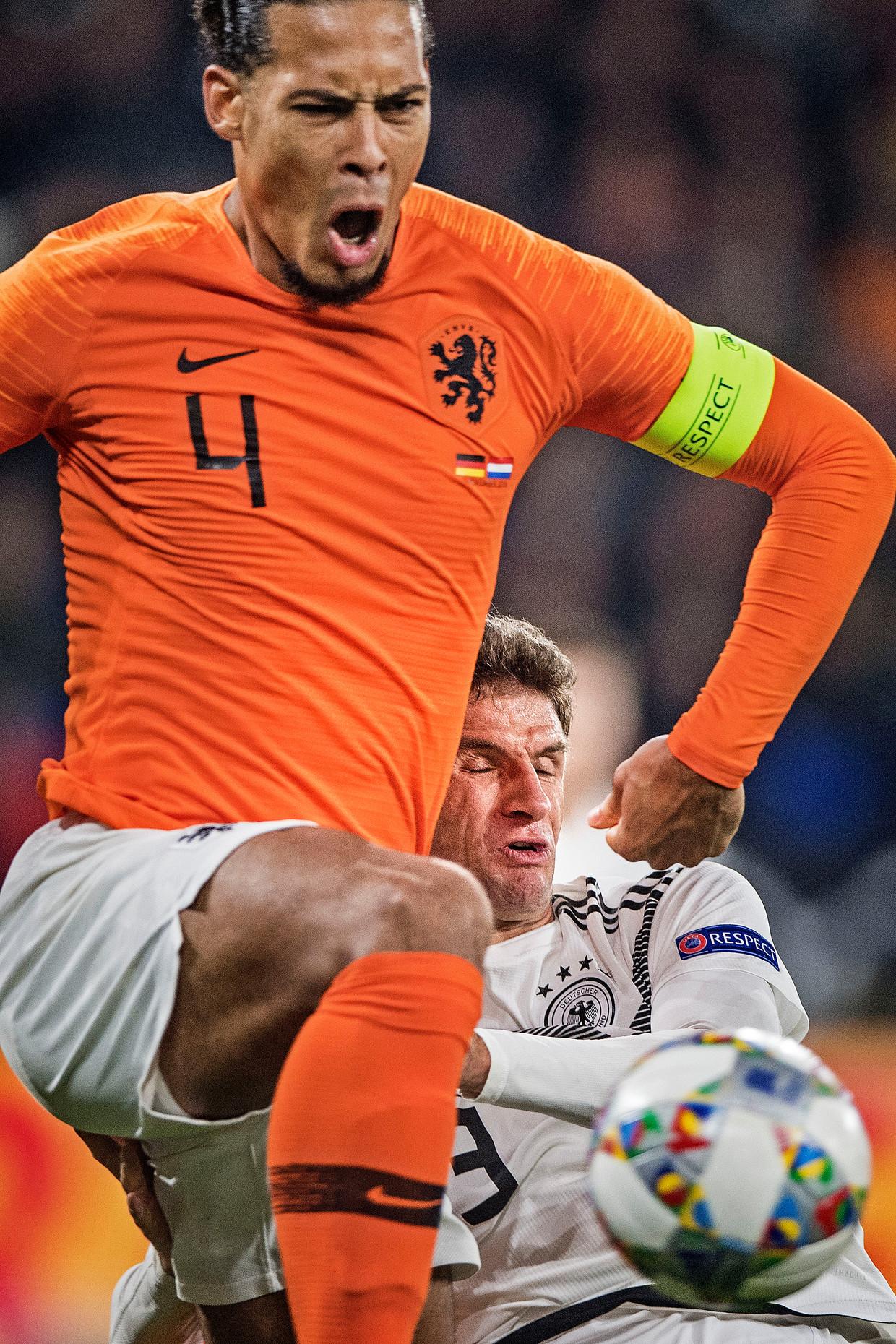 Het symbool van de wederopstanding van het Nederlandse voetbal in 2018: Virgil van Dijk