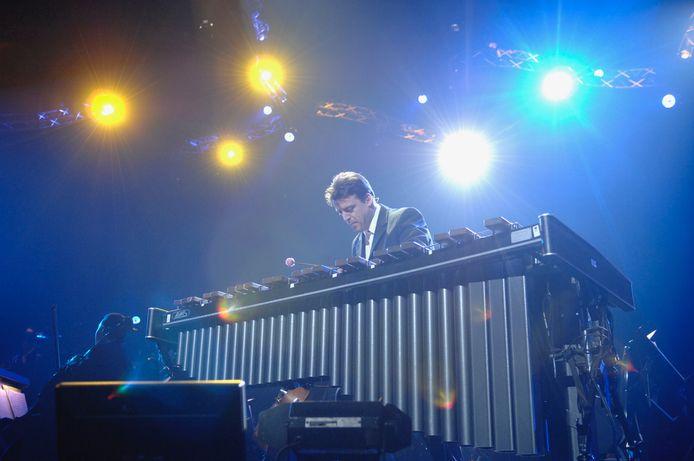 Supersnelle nummers op een grote xylofoon. Voor Patrick De Smet is het geen probleem.