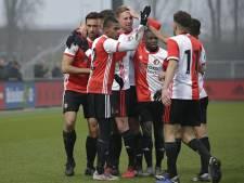 SC Feyenoord verslaat Jodan Boys met kunst- en vliegwerk in slotfase