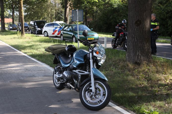 Motorrijder gaat onderuit in Schijndel.