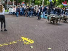 Honderden demonstreerden tegen coronamaatregelen in Amsterdam