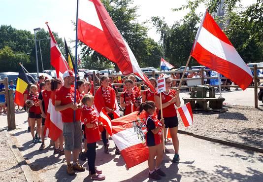 EK Agility geopend met prachtige intocht van alle deelnemers in Roosendaal.