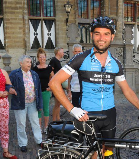 Veerenaar Martijn onderweg voor 'oefentocht' grote MS-reis
