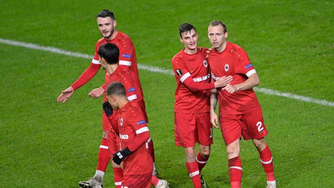 """De Laet geeft toe dat hij met de arm scoorde: """"Mét VAR was die goal afgekeurd"""""""