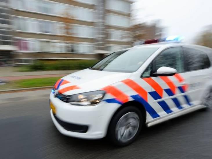 Automobilist rijdt opzettelijk in op man op parkeerplaats in Terheijden