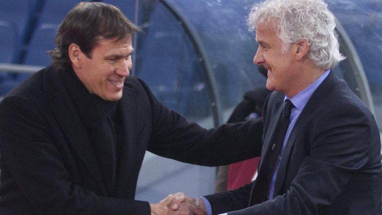 Fred Rutten begroet Roma-trainer Garcia.