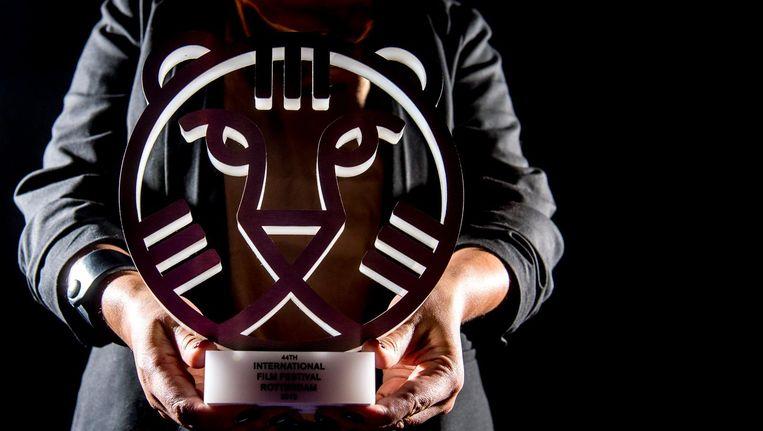 Een Tiger Award, de prijs die tijdens het IFFR wordt uitgereikt. Beeld anp