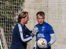 Keeperstrainer Wapenaar drijft Willem II-goalies tot het uiterste: 'Als ik er minder energie in kan leggen is het klaar'