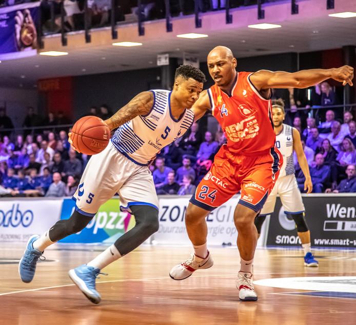 Sherron Dorsey-Walker is ook volgend seizoen te bewonderen in het shirt van Landstede Basketbal.