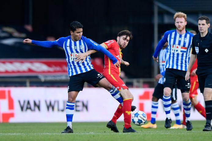 Vinnie Vermeer (l) tegen Go Ahead Eagles.