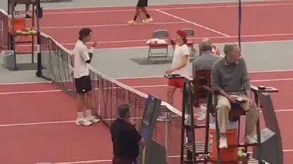 Deze boerse handshake na een potje tennis tart elke verbeelding