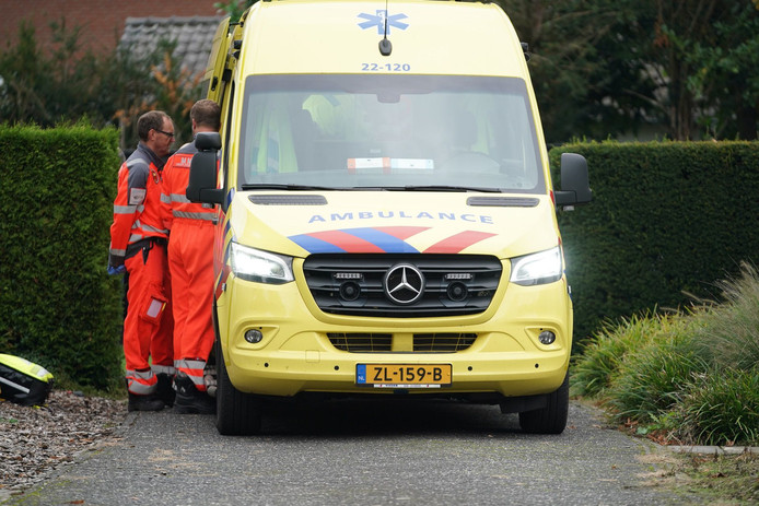 Een glazenwasser raakte ernstig gewond in Maarheeze.