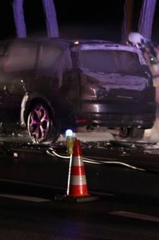 N344 bij Holten afgesloten vanwege autobrand