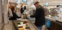 Piet Bot (66) is long- en hartpatiënt en blij met het initiatief van de supermarkt.