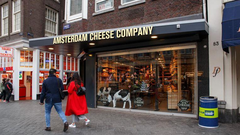 Fout: de voertaal in de winkel is Engels, alle kazen zijn voorverpakt Beeld Carly Wollaert