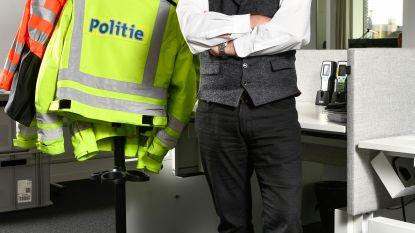 """Topman lokale politie pleit voor nieuwe dienstkledij: """"Ons uniform dwingt nul respect af"""""""