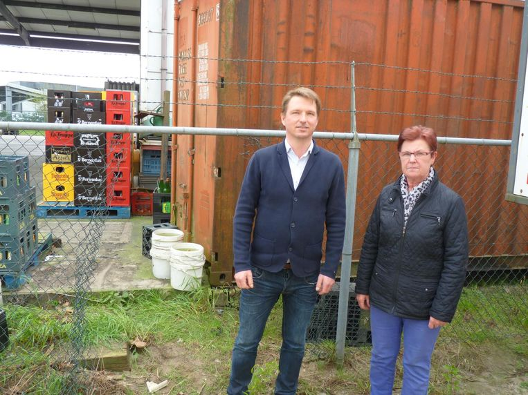 Stijn Meerschman van Mevaco en Christa Ghyoot van drankenhandel Engels.