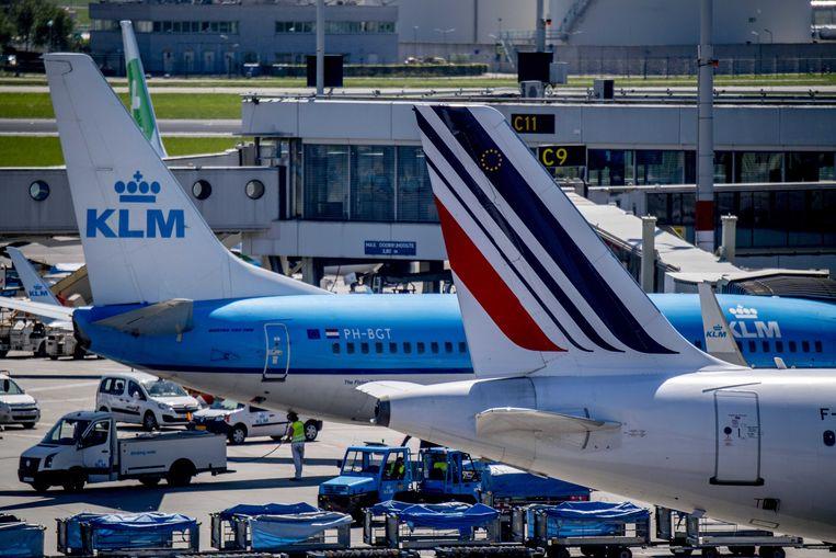 Vliegtuigen van Air France en KLM op luchthaven Schiphol. Beeld ANP