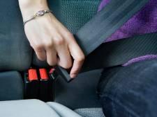 Foutief gebruik van gordel verraadt illegale Jemenieten in auto van man (20) uit Steenwijkerwold