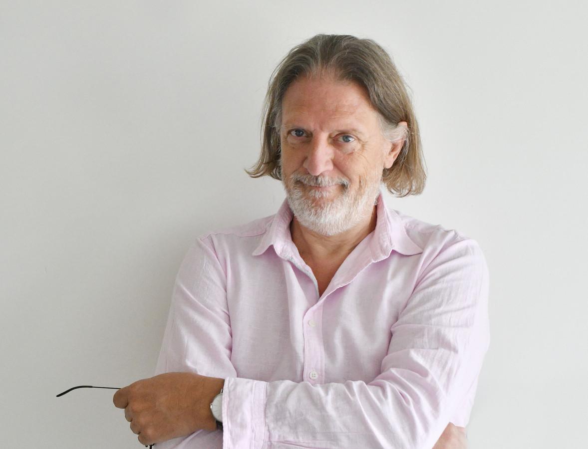 Theo Hakkert column