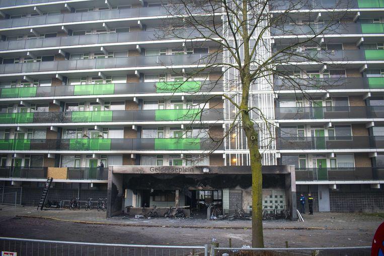 De Arnhemse flat waar tijdens de jaarwisseling twee mensen omkwamen bij een brand.  Beeld ANP