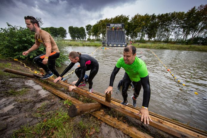 Obstakels met water waren ook onderdeel van het parcours.