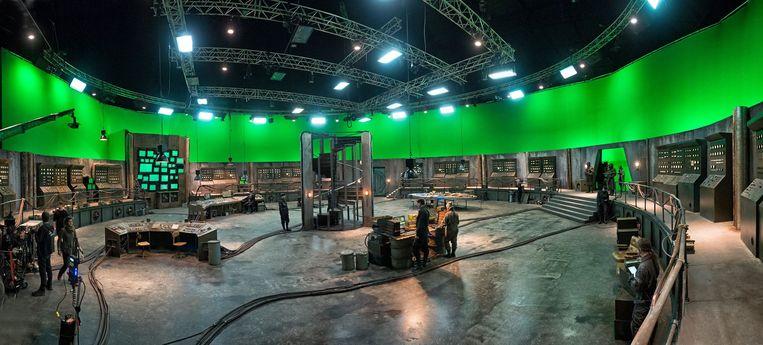 Op de set van 'Iron Sky: The Coming Race' in AED Studios Lint.