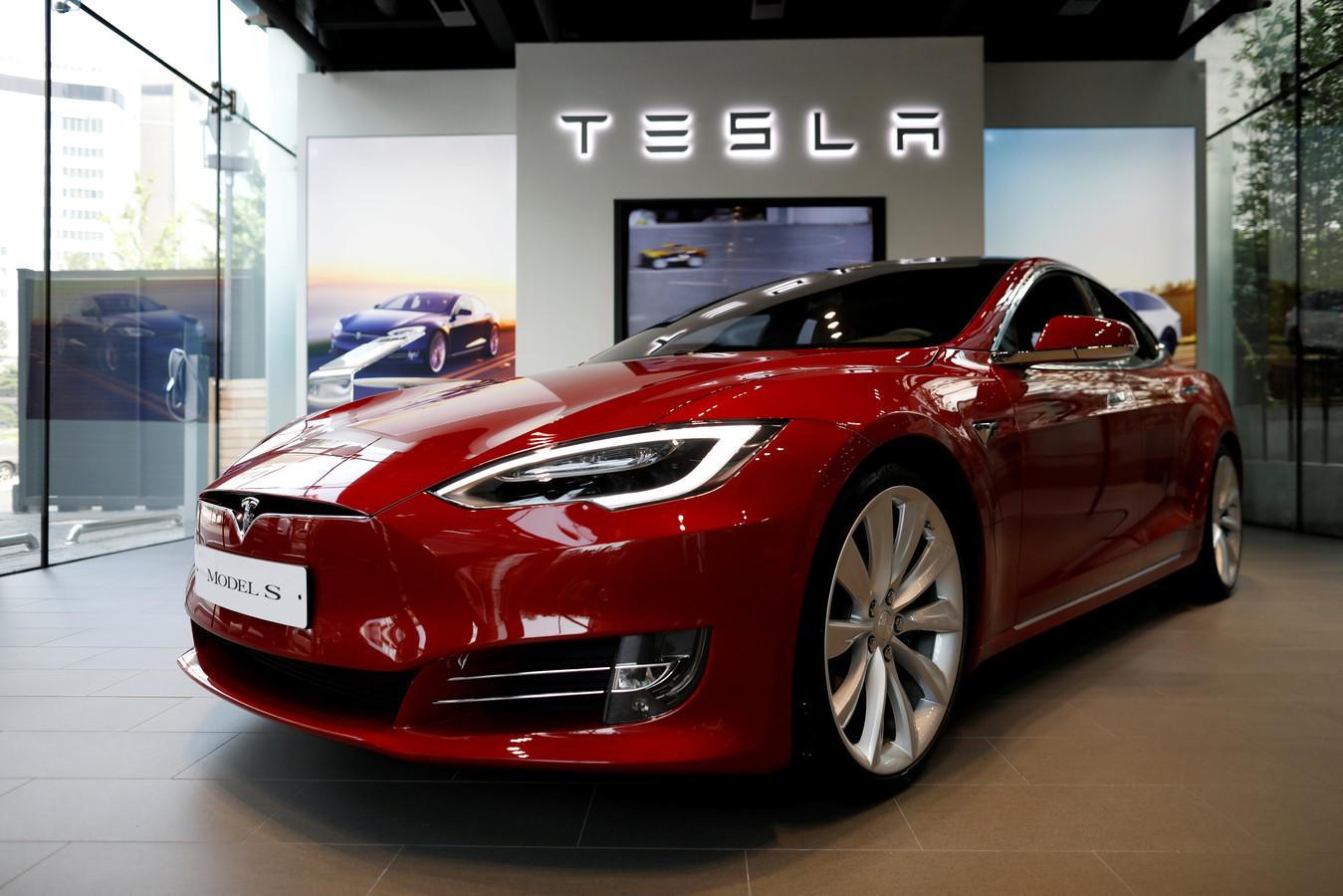 Rood blijft nog wel een standaardkleur bij Tesla
