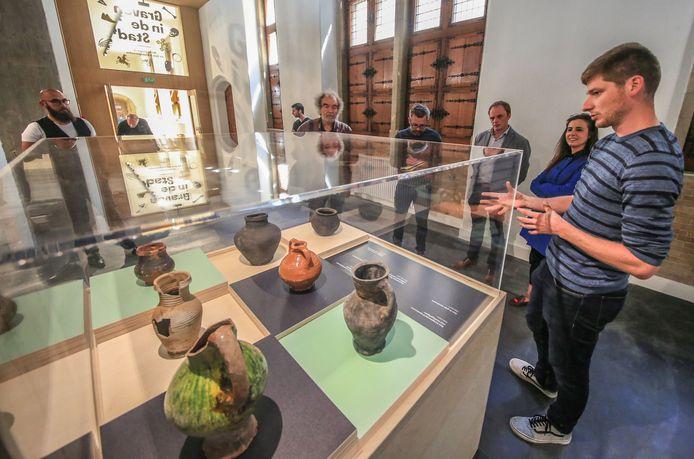 Ook de tentoonstelling Graven in de stad komt aan bod in het zomerprogramma van het museum.
