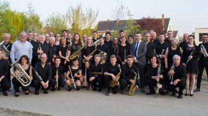 Harmonieorkest Deinze speelt laatste voorjaarsconcert in De Rekkelinge