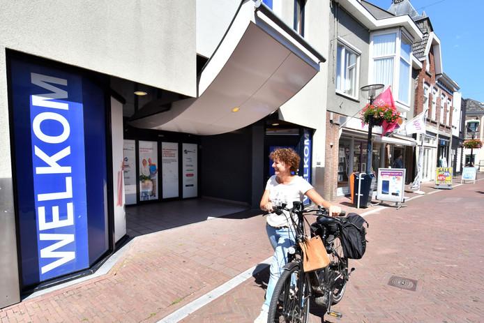 Aan de zijde van de Deurningerstraat wordt een doorsteek richting Hofstraat en Langestraat gerealiseerd door de HMO.