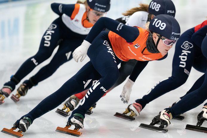Xandra Velzeboer in actie bij het NK Shorttrack, begin januari in Leeuwarden.