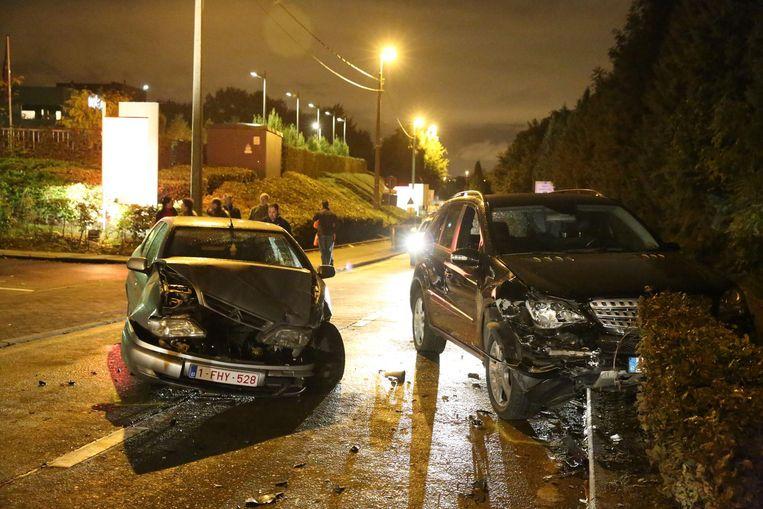 Een archiefbeeld van een zwaar ongeval op de Postweg. Trajectcontrole moet de cijfers doen dalen.