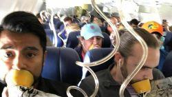 """Passagiers van vlucht met ontplofte motor dragen zuurstofmasker verkeerd. Belgische expert waarschuwt: """"Kwestie van leven en dood"""""""