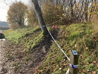 Politie waarschuwt voor vandaal die nagels in de grond klopt op erkende mountainbikeroute