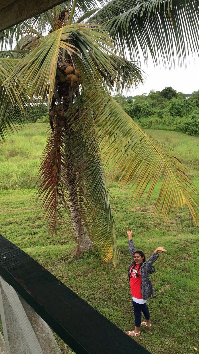 Ik ga op vakantie en neem mee...... mijn Feyenoord shirt natuurlijk!, schrijft Raïesa vanuit Suriname. In Nieuw-Amsterdam nog even de overwinning verder vieren.