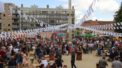 Genieten van foodtrucks in Bruulpark op laatste vakantiedag