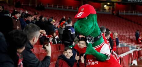 Sociale Özil wil ontslagen Arsenal-mascotte uit eigen zak betalen