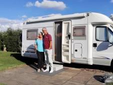 Vakantie in eigen land, is dat nou echt zo erg? Marianne (72) en Bob (71) genieten van de rust in Odijk