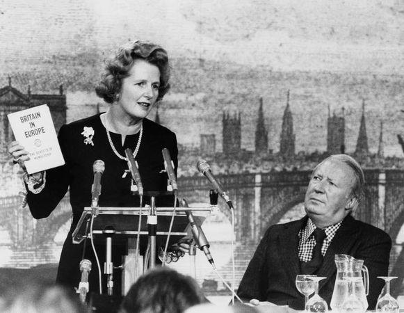 Margaret Thatcher in een demonstratie vóór Europa.