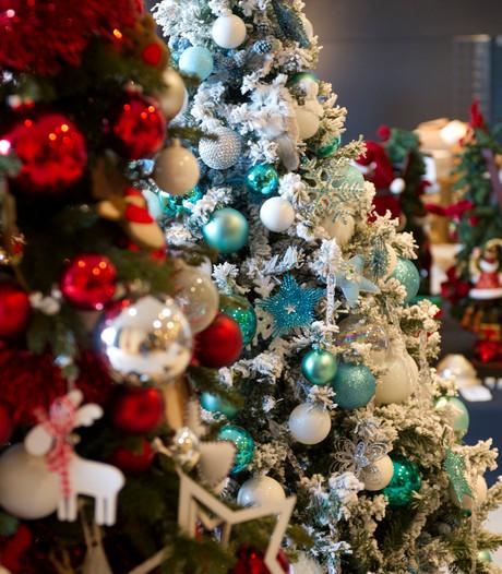 Kerstwinkel open op dag van intocht: 'Ze hadden toch even kunnen wachten?'