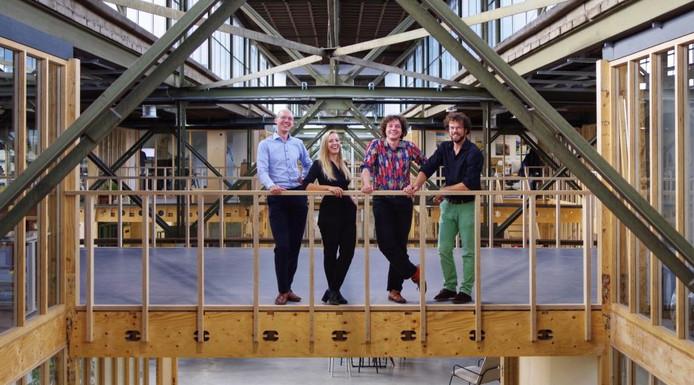De oprichters van Sustainer Homes (van links naar rechts): Gert van Vugt, Jacintha Baas, Sol van Kempen en Wolf Bierens.