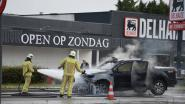 Pick-up brandt uit op Ring in Turnhout