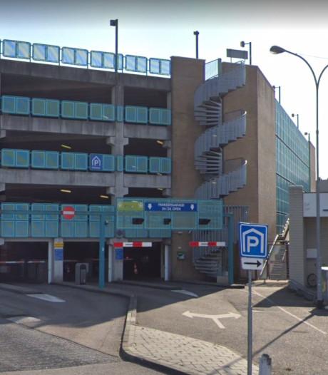 In de Vlissingse parkeergarages kun je tegen Sinterklaas pas weer pinnen