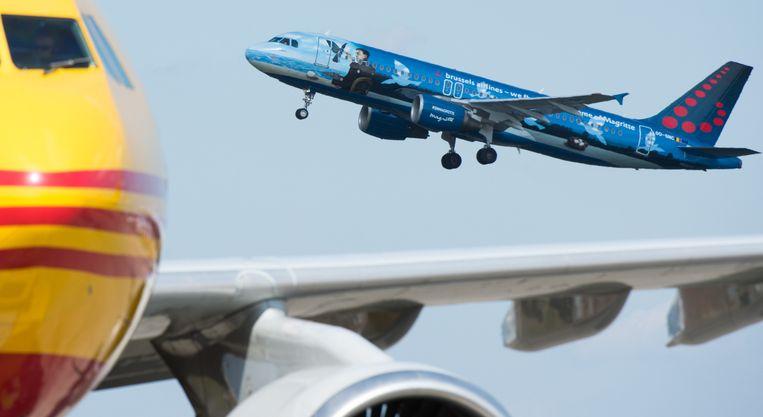 Op 3 april steeg het eerste vliegtuig na de aanslagen op in Brussels Airport. Vlucht SN1901 werd symbolisch uitgevoerd met het Magritte-vliegtuig van Brussels Airlines, dat een dag voor de aanslagen was onthuld.