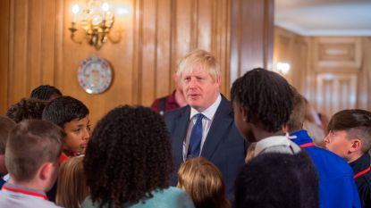 Boris Johnson haalt ultieme dreigement boven tegen rebelse parlementsleden: stem niet tegen mij of je vliegt buiten