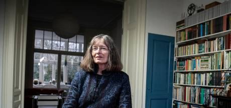 Geerteke de Haas vreest 5G: 'Mobiele straling is overal, gelukkig heeft mijn huis dikke muren'