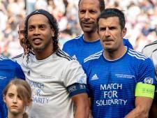 Team Figo wint van Team Ronaldinho in benefietwedstrijd UEFA