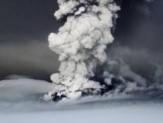 IJslandse vulkaan Grimsvötn blijft veel as spuwen