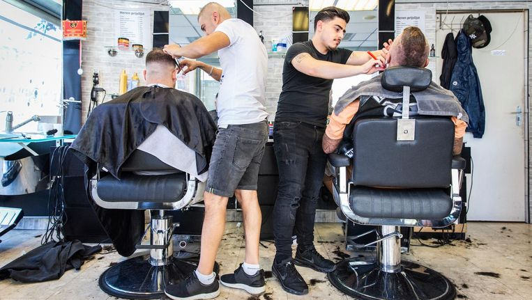 Musy Yaylali (30): 'Ik wilde de beste kapper van Amsterdam worden. Dat is gelukt' Beeld Dingena Mol